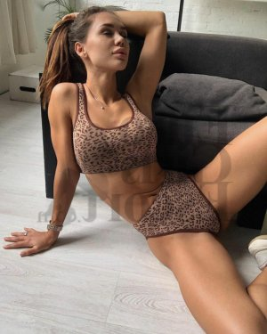 Khadidjatou speed dating in Richmond & escort girl