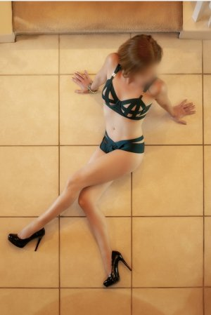 Meriane speed dating in Crystal & independent escort
